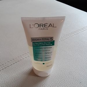 NWT Loreal Hydra-total 5 Cleanser